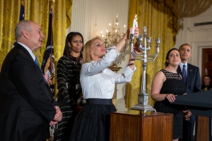 happy-hanukkah-chag-sameach-from-the-white-house